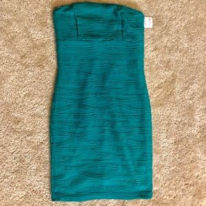 NWT Strapless Teal Dress Size Small